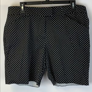 Larry Levine black with polka dots size 16 shorts